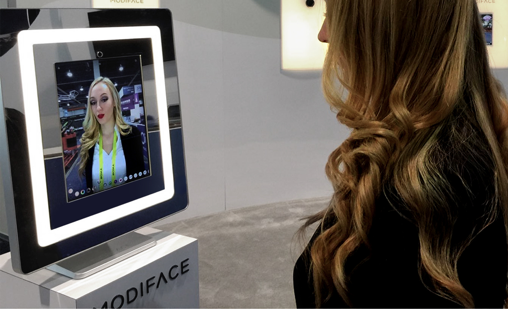 MAC AR beauty mirror